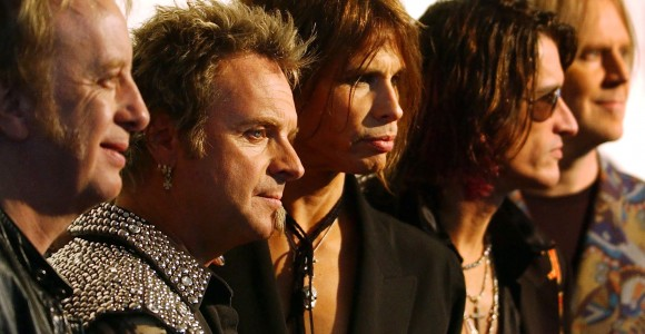 STEVEN TYLER  JOE PERRY JOEY KRAMER  BRAD WHITFORD TOM HAMILTON