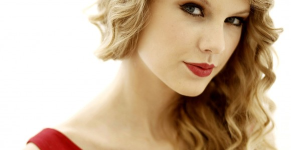 Taylor Swift's latest album is smashing sales records.