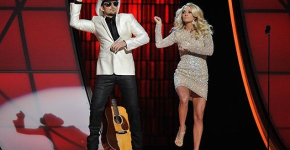 Brad Paisley and Carrie Underwood host the CMA Awards in 2012